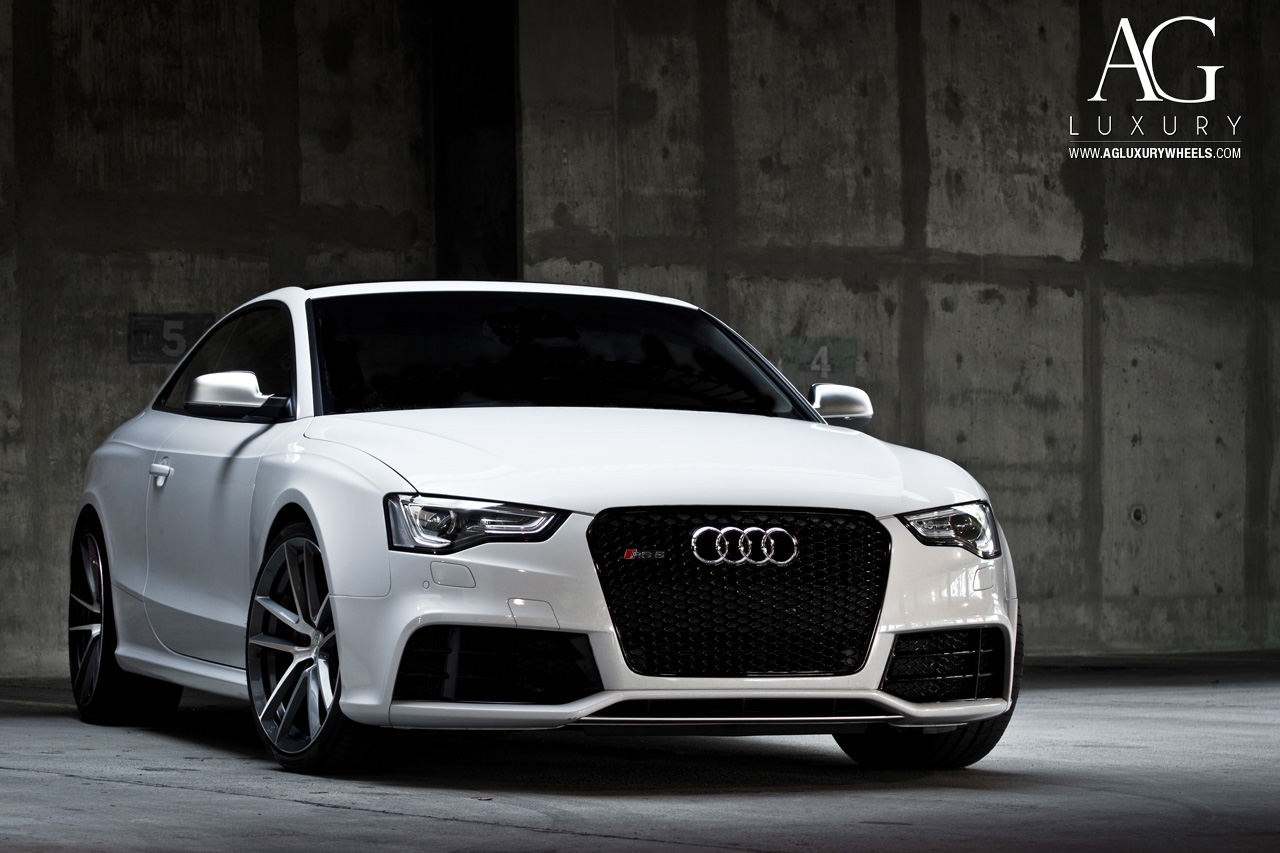 white audi rs5 monoblock forged concave wheels two tone brushed
