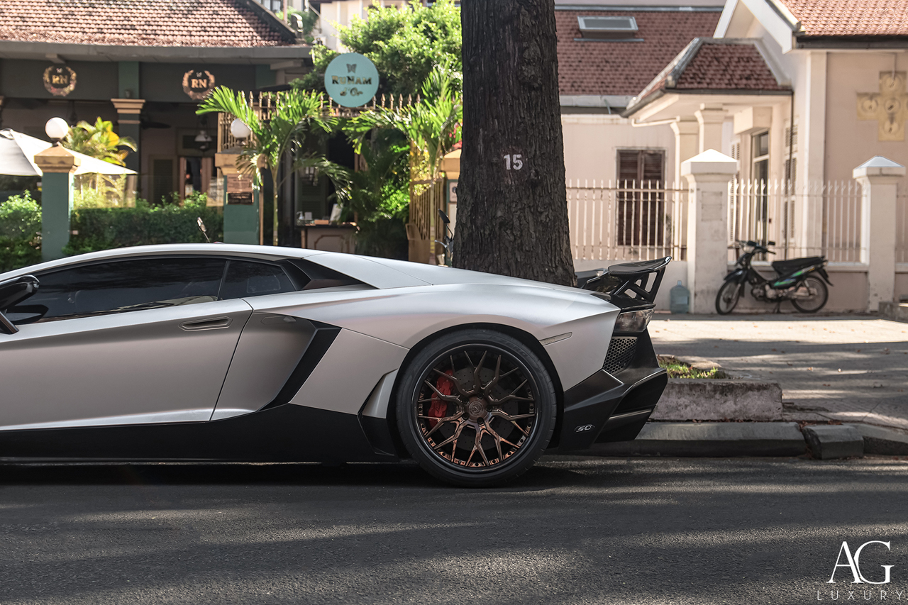 lamborghini aventador lp720-4 avant garde agluxury ag luxury agl43 brushed polished liquid bronze carbon lip