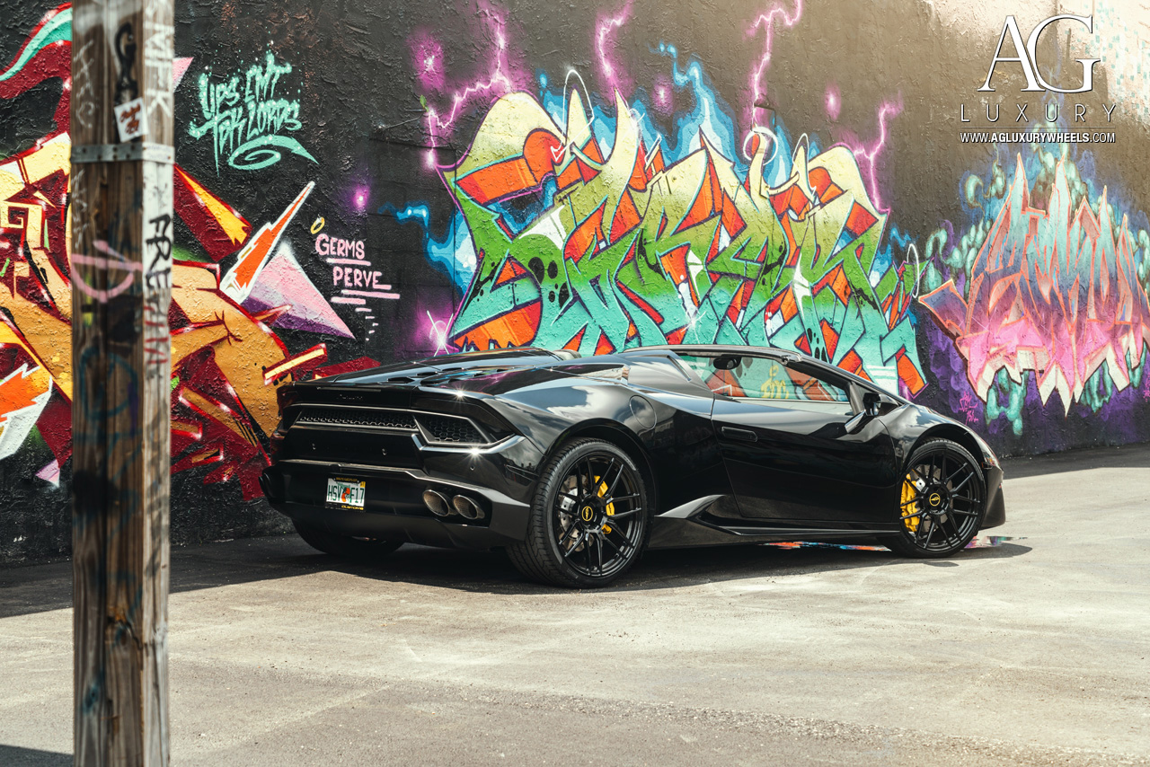 black lamborghini huracan spyder forged concave monoblock staggered black wheels