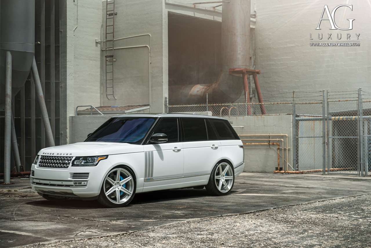 white range rover 24 inch forged monoblock concave two tone six spoke wheels