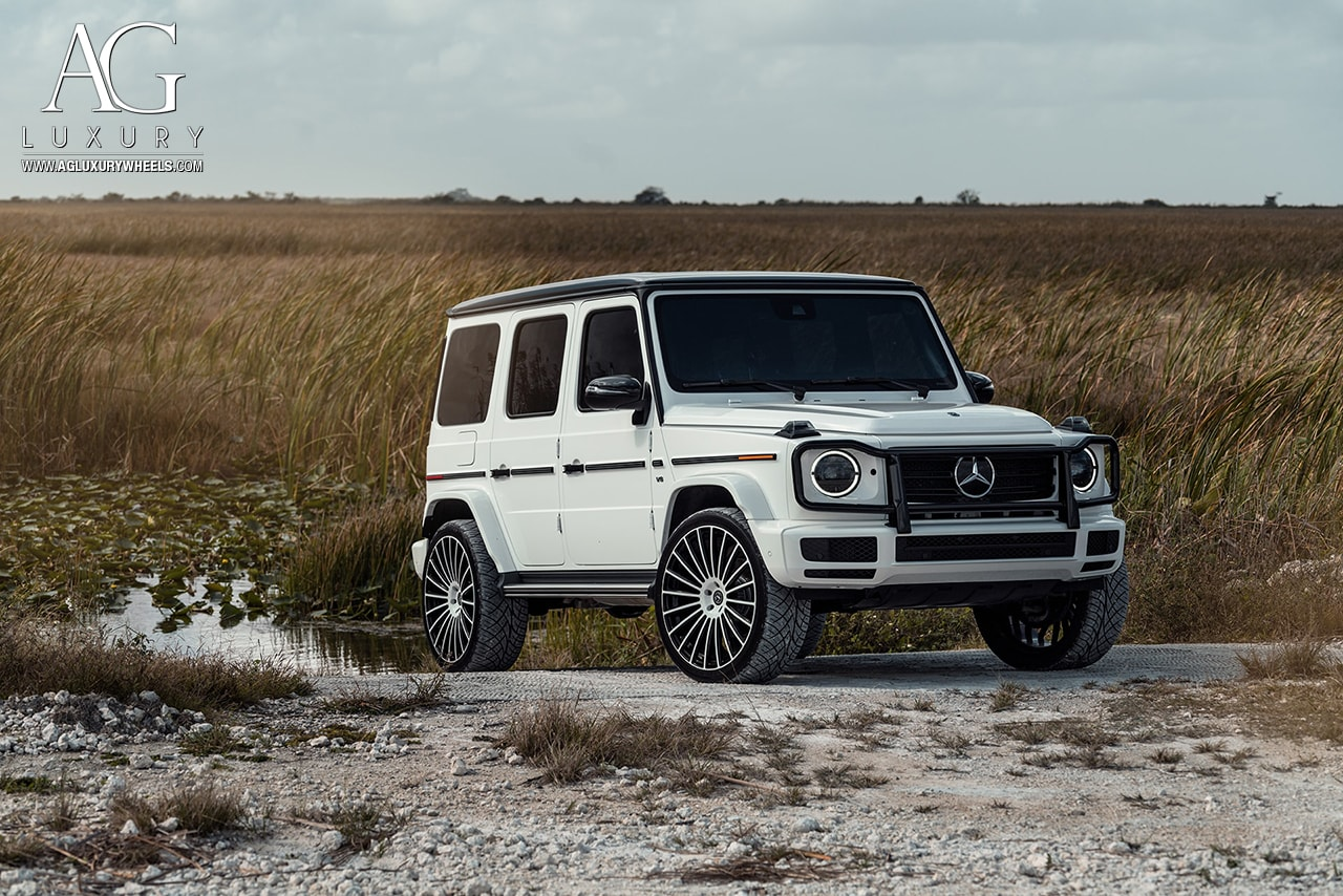 white 2019 mercedes-benz g550 gwagen 24in 24inch agluxury wheels rims agl25 two tone white black custom concave forged monoblock miami mccustoms multispoke