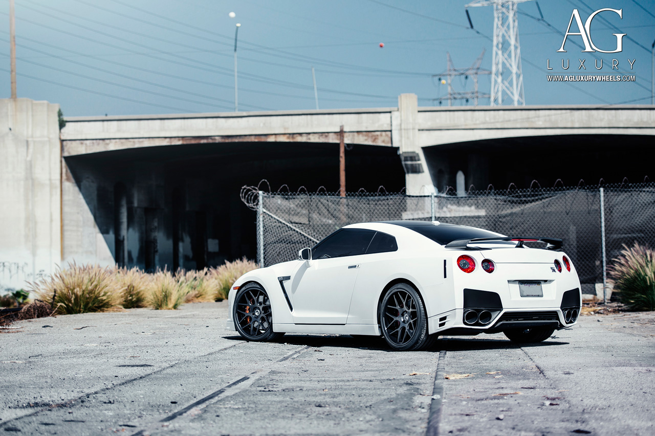 matte white nissan r35 gtr forged concave staggered black wheels