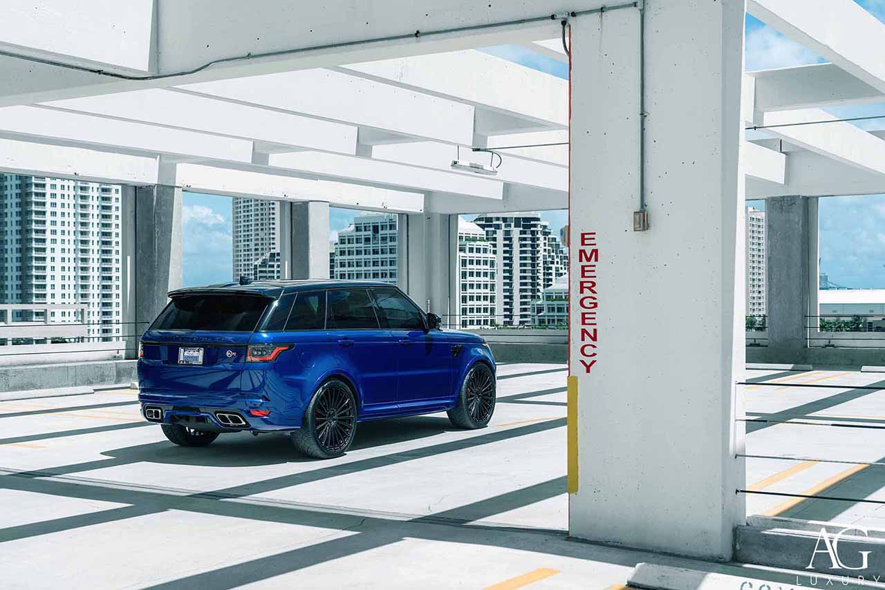land rover blue range rover svr 24 inch forged monoblock gloss black multispoke luxury wheels