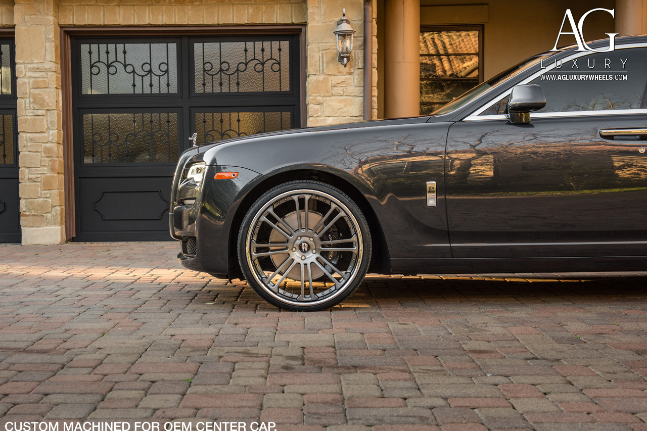 gray rolls royce ghost 24 inch forged concave gunmetal wheels