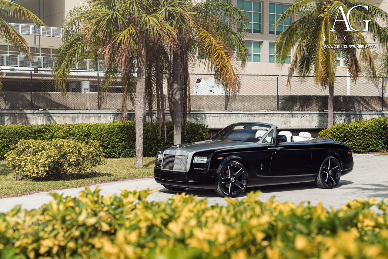 black rolls royce phantom drophead coupe 24 inch forged monoblock concave five spoke wheels two tone