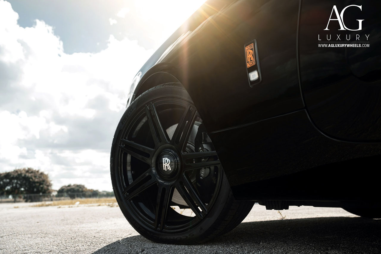 black rolls royce wraith 22 inch forged monoblock concave staggered black wheels