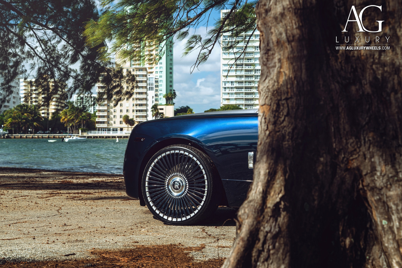 blue rolls royce wraith 24 inch forged monoblock concave mesh two tone wheels